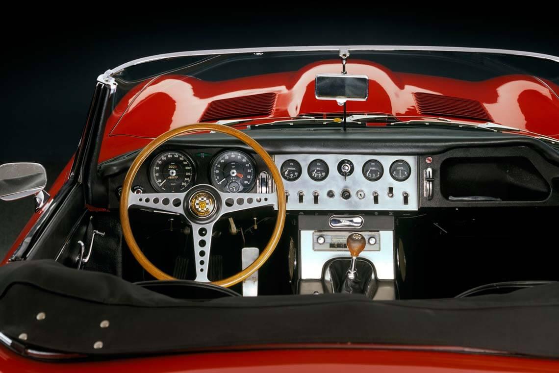 farbe form geschwindigkeit mac museum art cars singen. Black Bedroom Furniture Sets. Home Design Ideas